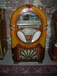 450px-midcentury_24-disc_wurlitzer_jukebox_02