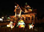wallcoo.com_Disneyland_Christmas_Night_Fantasy_tdl-xmas06-34