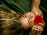 493591-1024x768-Woman-and-rose